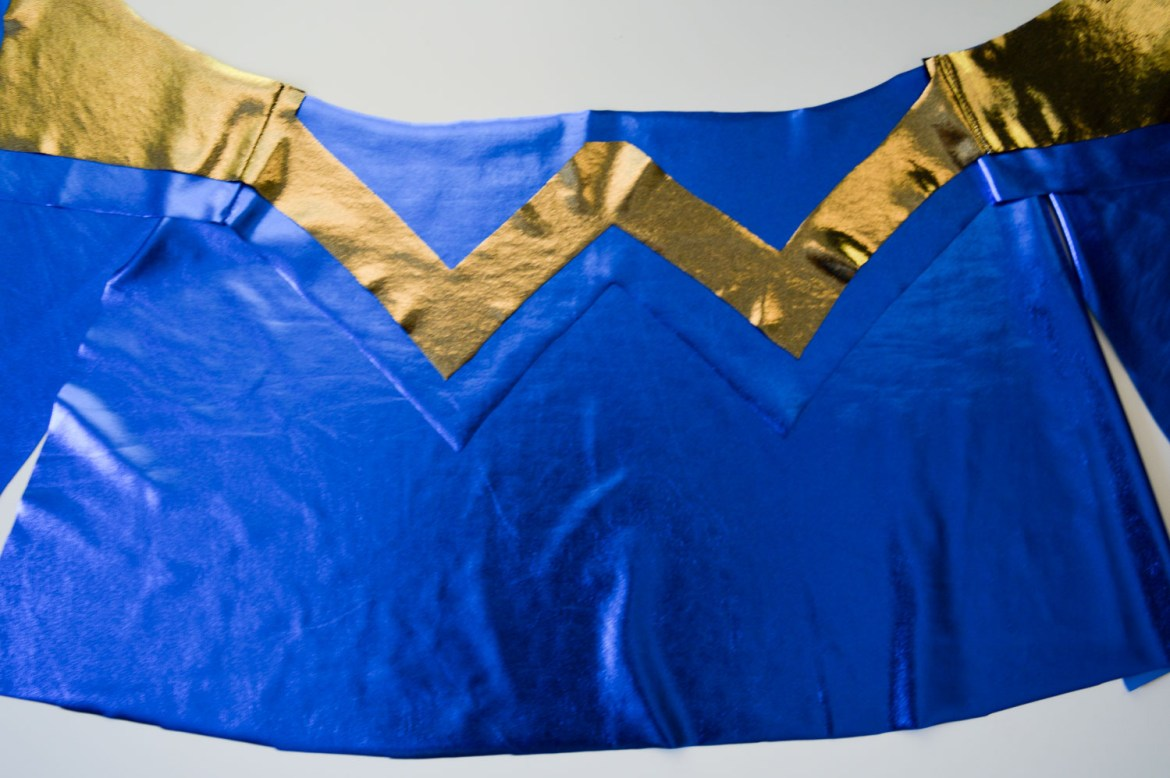 My photo diary of designing a Wonder Woman Halloween costume