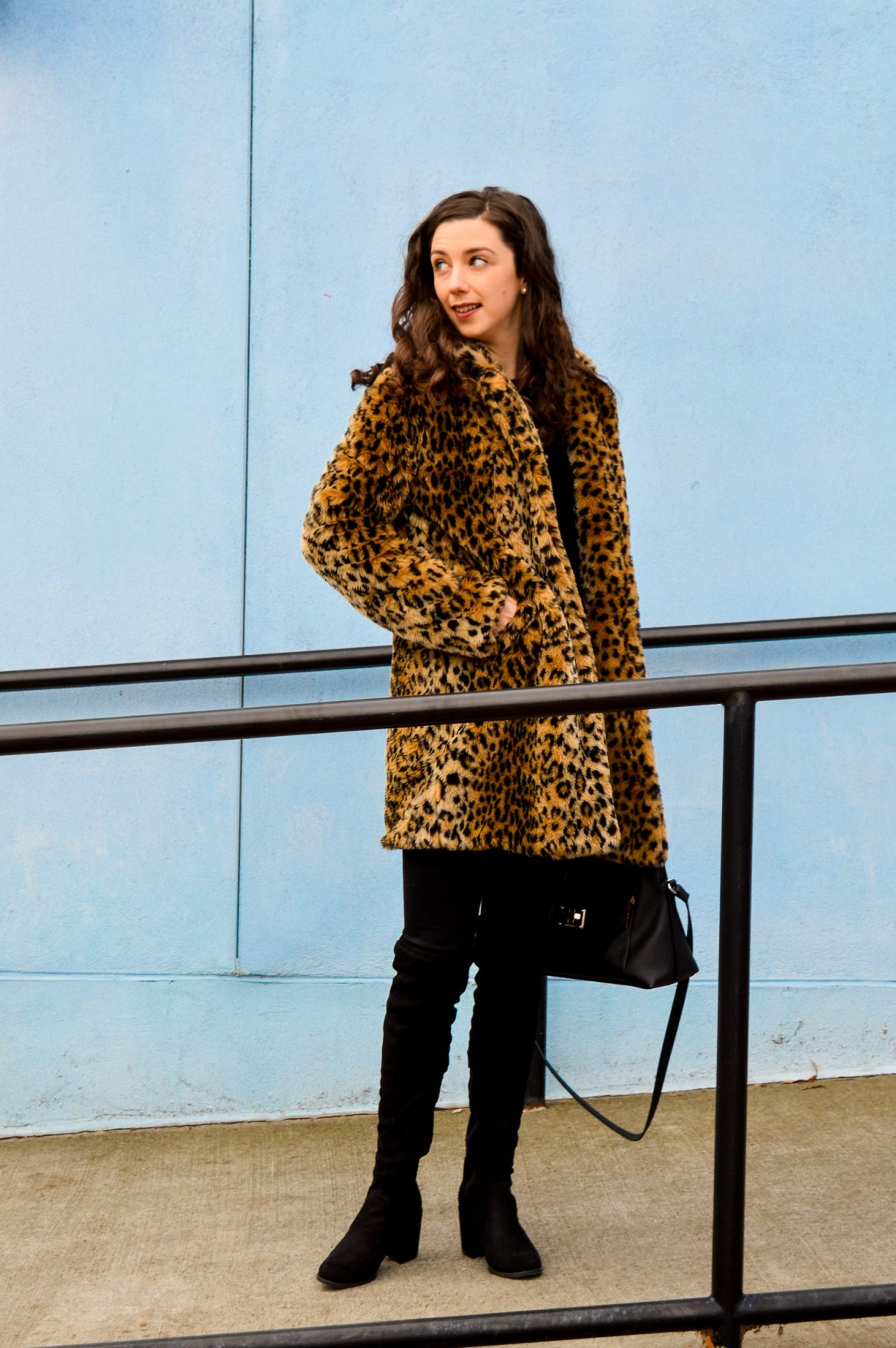 Style ideas // Leopard print coat // Hunting for Pink Flamingos