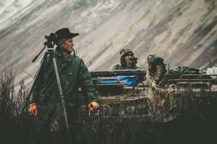 Jim Shockey with guides