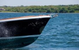 Hunt Yacht boat test