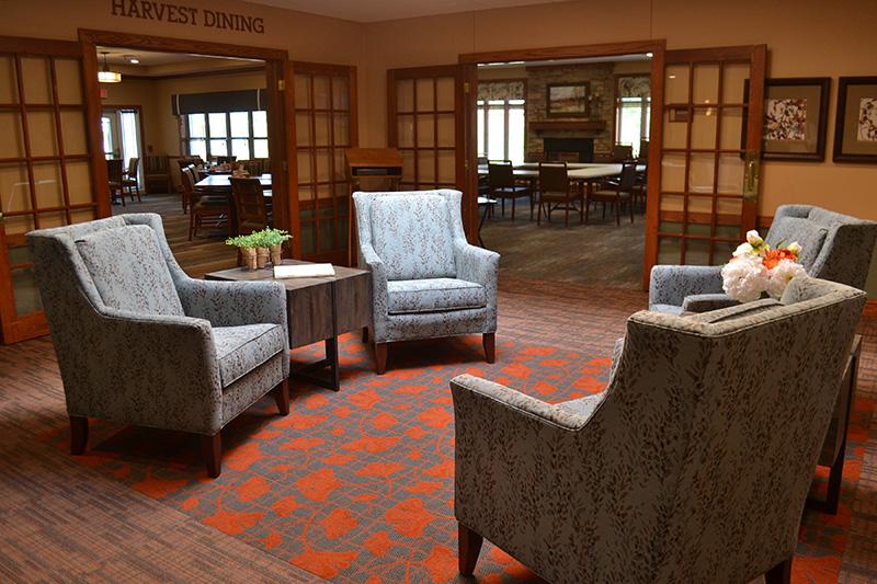 Kirkland_Dining Lobby