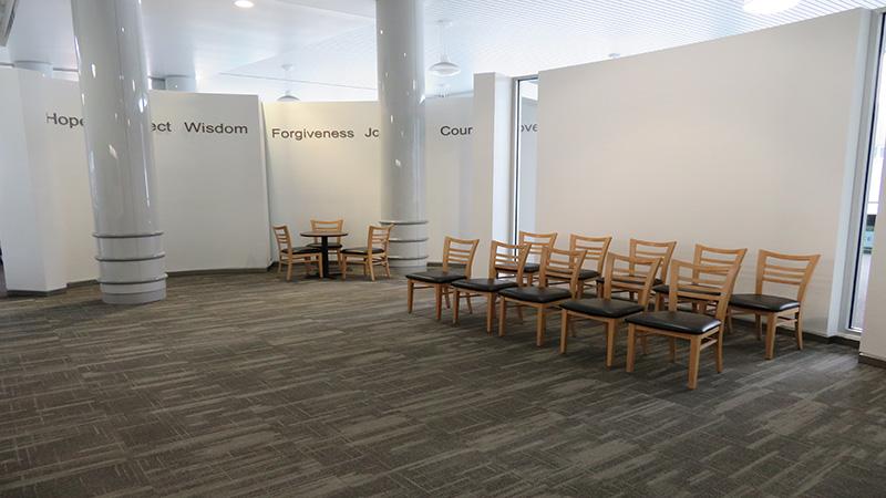 Chairs_800x450