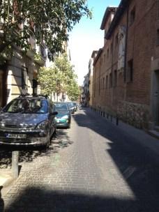 La calle con la Convento de Los Trinitarios