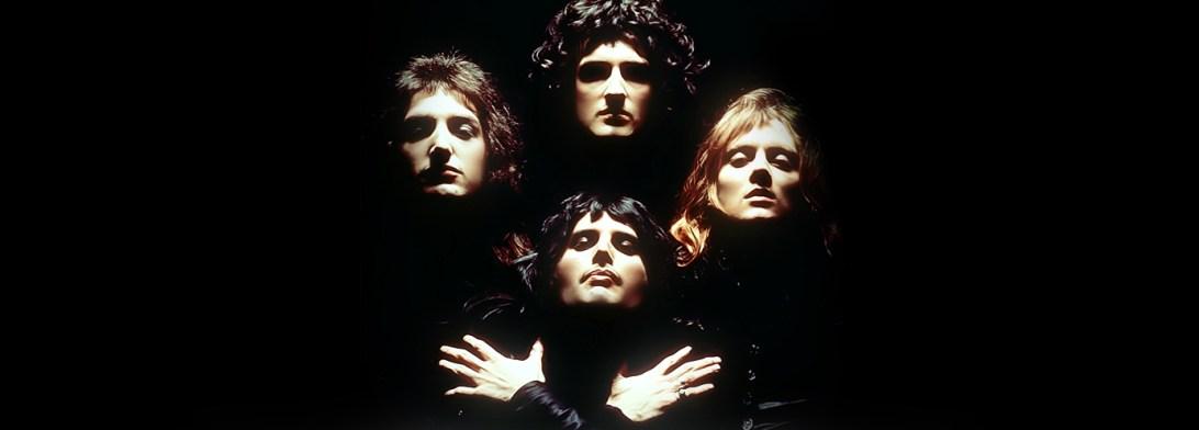 Luvassa kymmenen varsin kuninkaallista kappaletta.