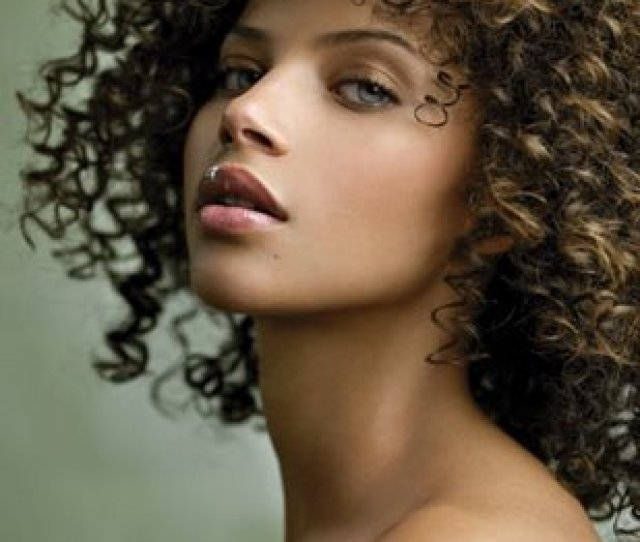 Does Being Light Skinned Automatically Equate To Beauty Power