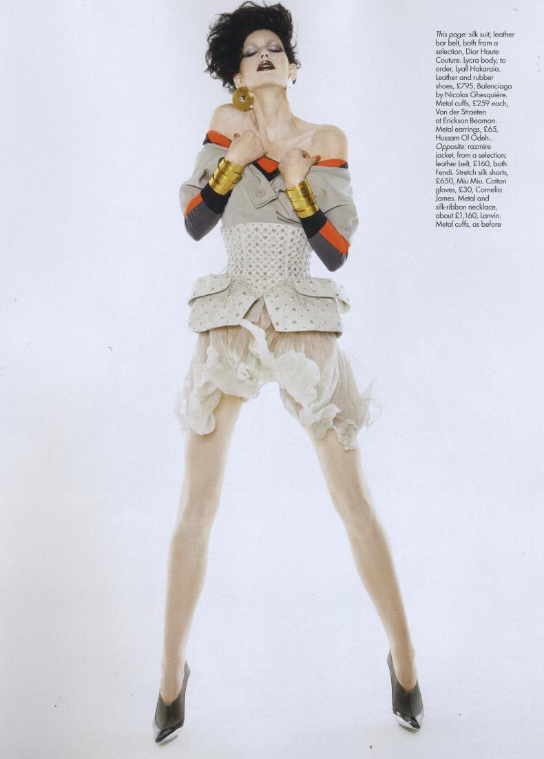 Harper's Bazaar UK 2008-11-1 pag 257