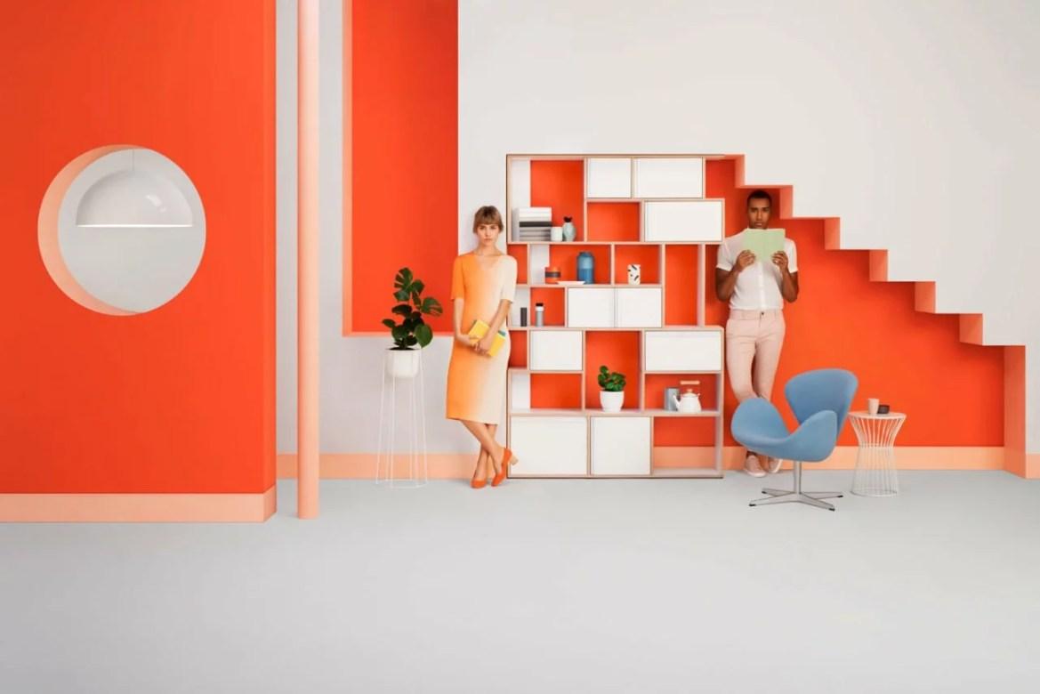 La directrice artistique et set designer Camille Boyer a récemment mis son talent au service du système d'étagères polonais Tylko.