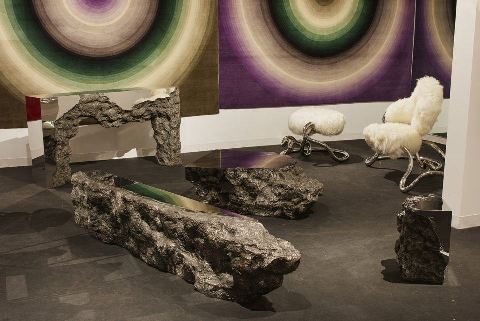 Discover the best products presented at Design Miami/2018.