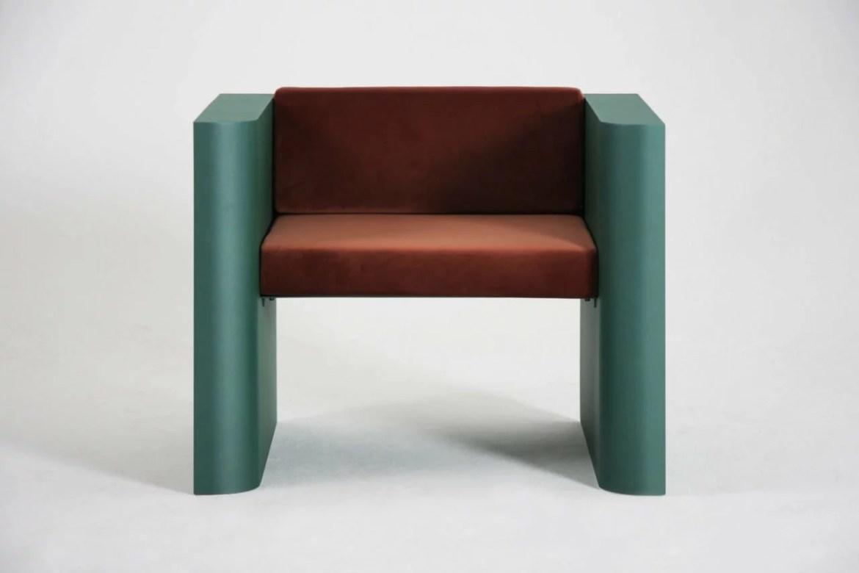 Chaise design contemporain en métal, Supaform.