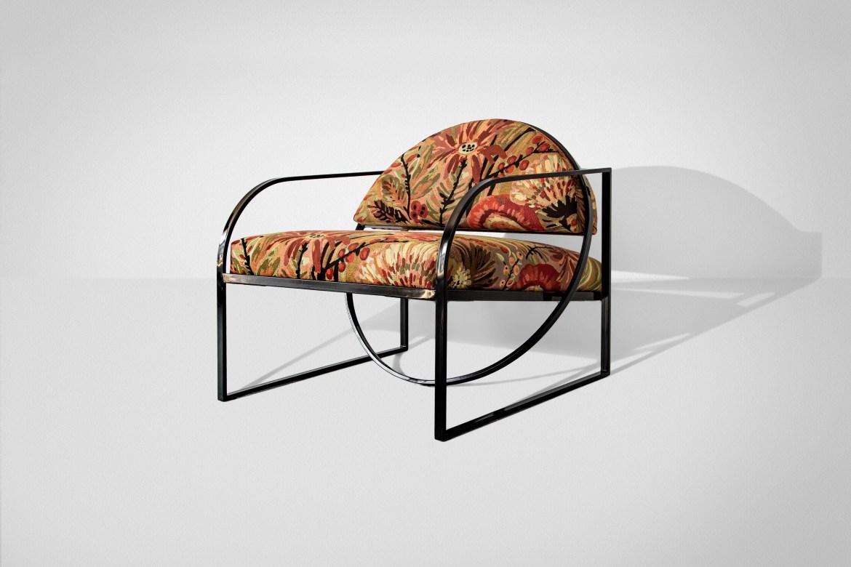 Chaise lounge en tissu brodé à la main
