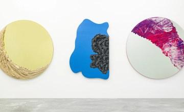 Fernando Mastrangelo rend hommage à Dubai, en couleurs