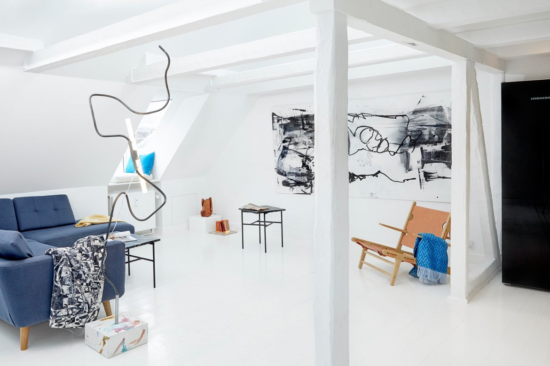 Scandinavian apartment filled with contemporary design pieces by Lumière Bricoleur