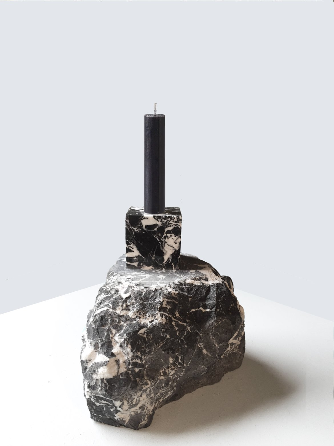 Collectible 2020, Alissa Volchkova, black marble candle holder
