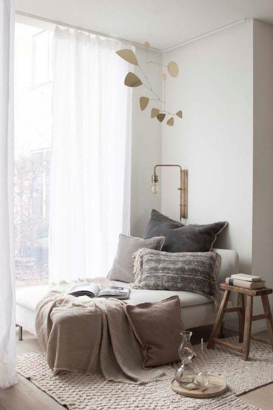 window small living room ideas