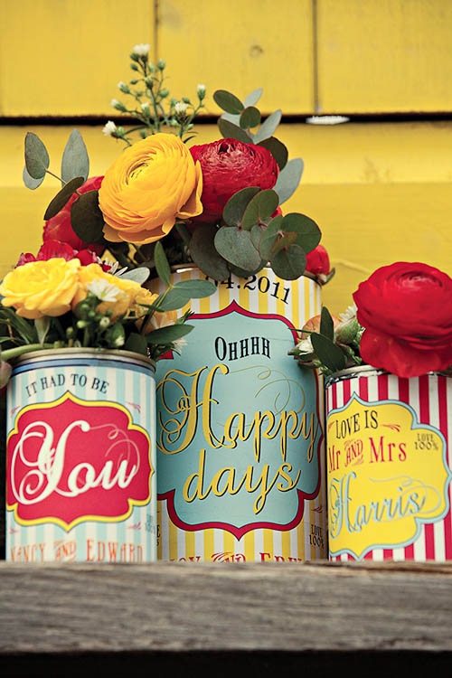 centerpiece decorating with red yellow and turquoise