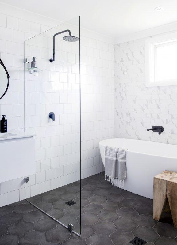 small bathroom ideas with bath