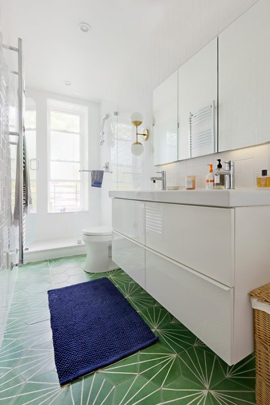 small bathroom ideas with walk in shower