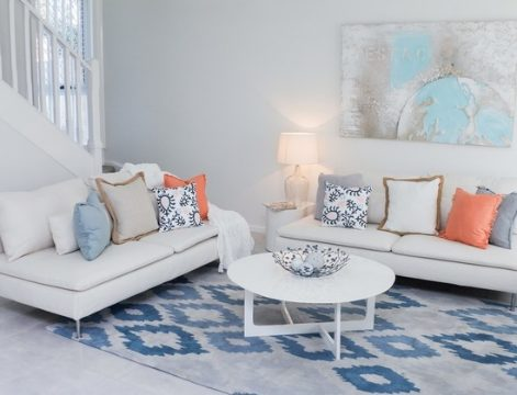 white-blue accent rug ideas