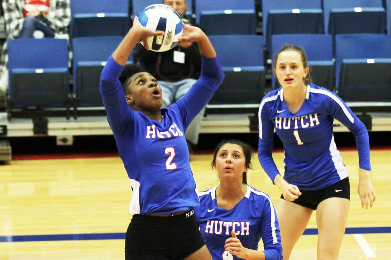 Volleyball advances in Region 6 Tournament: Sports Roundup