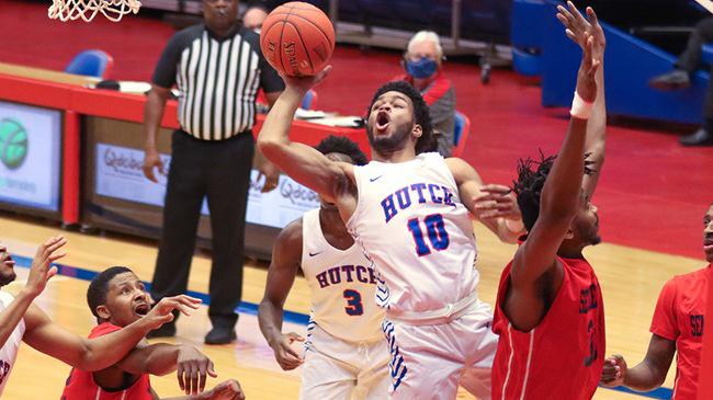 Sports roundup: Coffeyville hands Blue Dragon men first defeat