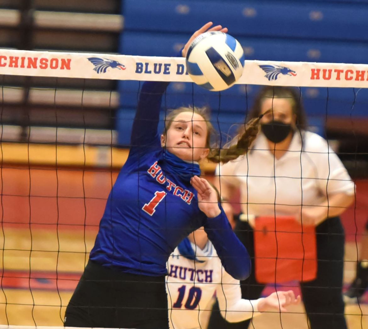 Blue Dragon volleyball thumps Dodge City