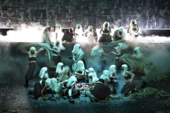 de heksen in Macbeth (c)Annemie Augustijns