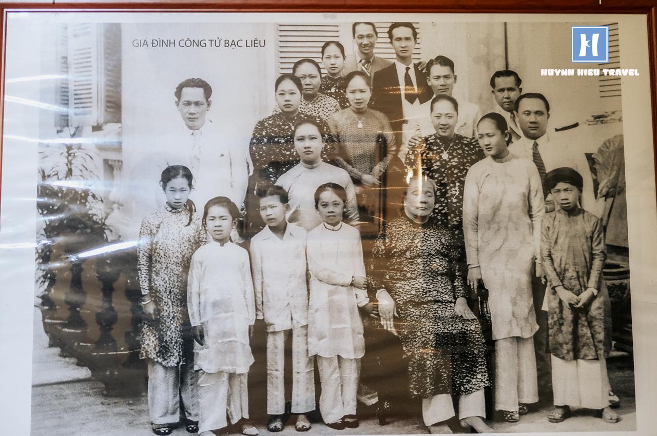 Hình gia đình Công tử Bạc Liêu