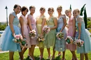 Как-одеться-на-свадьбу-1
