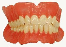 Виды-зубных-протезов-Уход-за-зубными-протезами-4