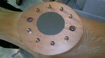 Verwijderen oude schroeven en passen afwerkplaat
