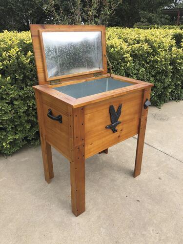 57 qt rustic wooden patio cooler at