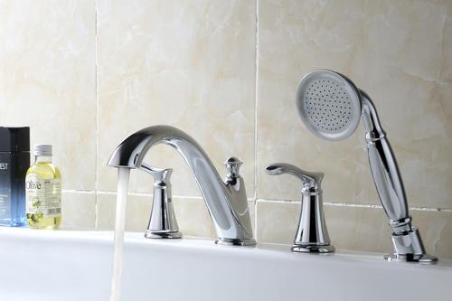 two handle 1 spray roman bathtub faucet