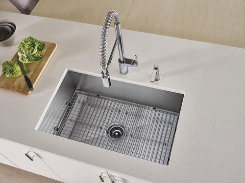pre rinse spring kitchen faucet