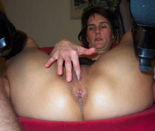 Pic 1 Nice Pussy Brunette Wife Wives Shaved Amateur