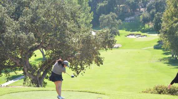 Girls' Golf continues league winning streak