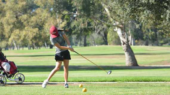 Girls' golf earns fourth straight league victory