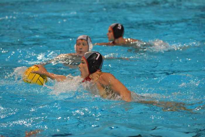 Boys' water polo defeats Mater Dei