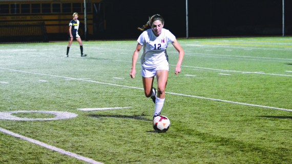 Team opens season with strong play