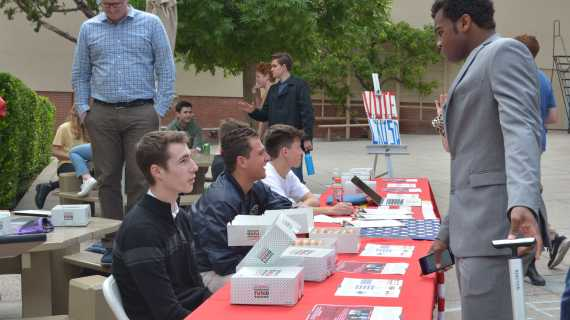 Unconventional Leadership encourages students to vote for LAUSD