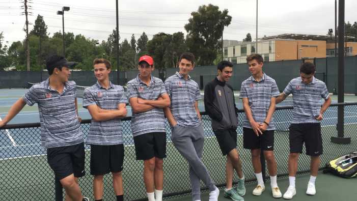 Boys' tennis cruises through opening round of CIF on senior night