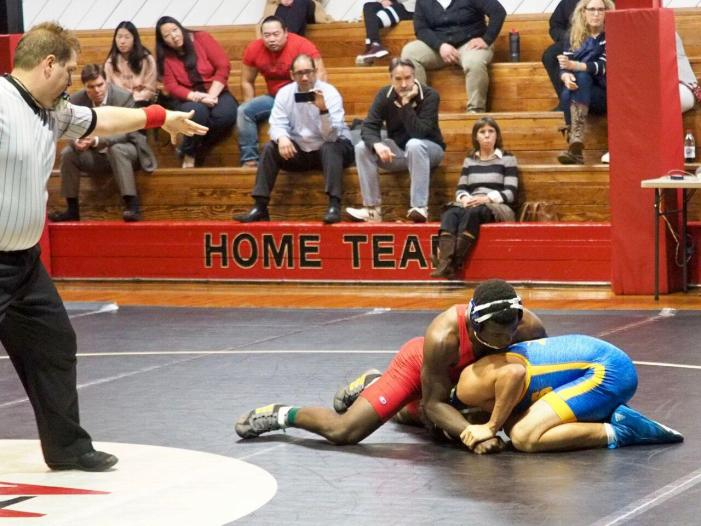 Wrestlers lose to Bishop Amat despite strong individual performances