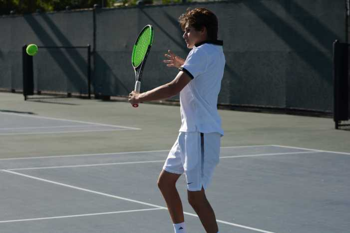 Boys' tennis dominates Chaminade in final league match