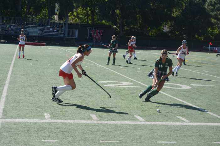 Field Hockey defeats Edison