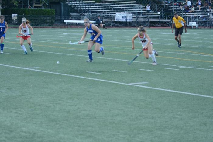Field Hockey remains undefeated and advances in playoffs