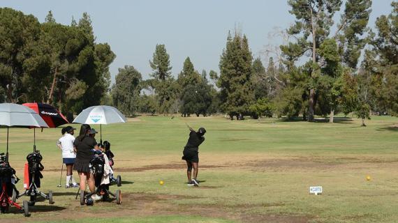 Girls' Golf begins season with winning record