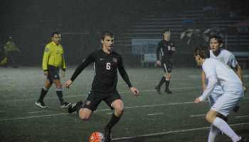 Boys' soccer destroys St  Francis   The Harvard-Westlake