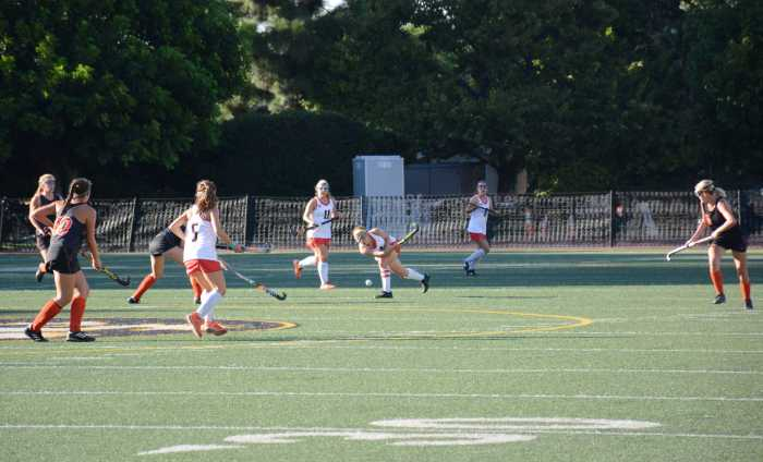 Field Hockey remains perfect, 6-0
