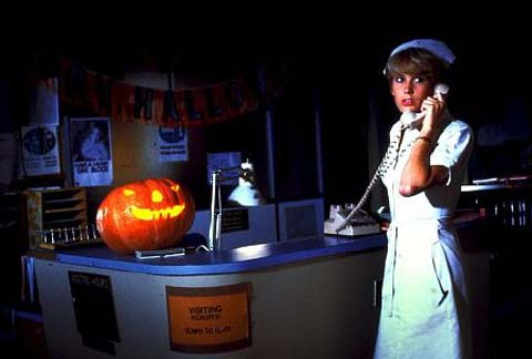 halloween-ii-scared-nurse
