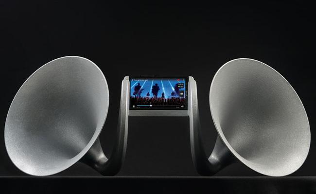 HTC-One-Gramohorn-II-siyah