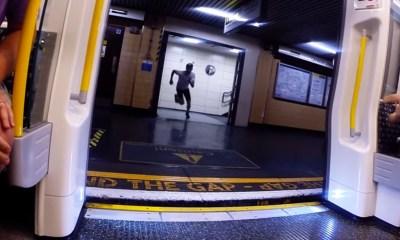 Metro ile kapışan adam